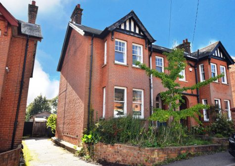 3 bedroom Edwardian town house
