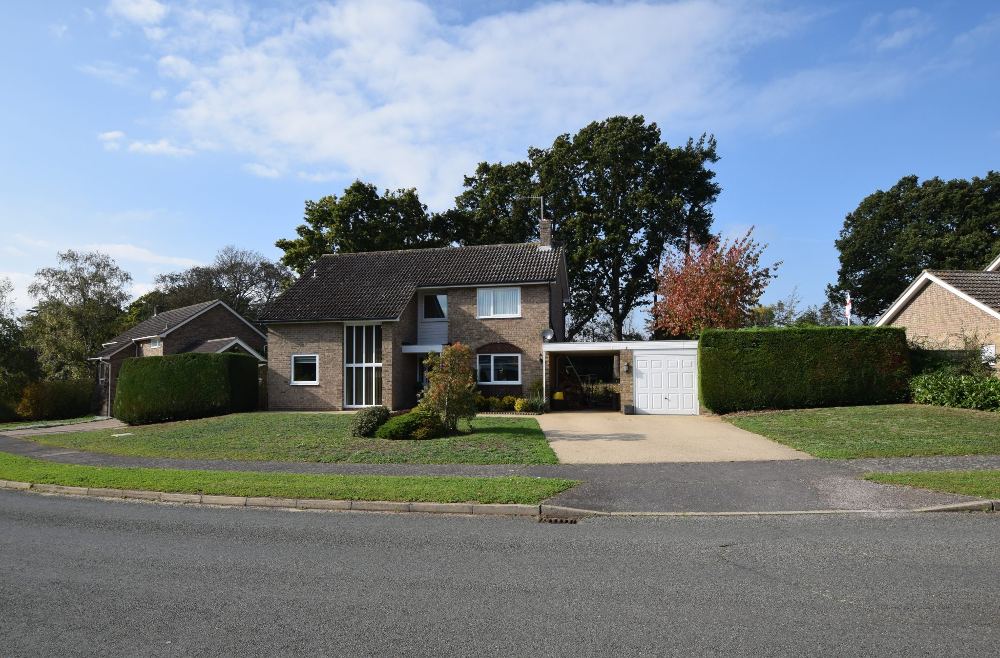 4 bedroom detached family house