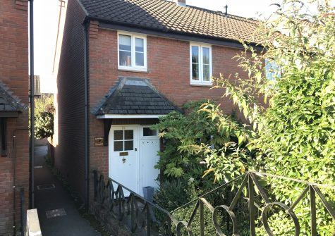 3 bedroom town house with garage.